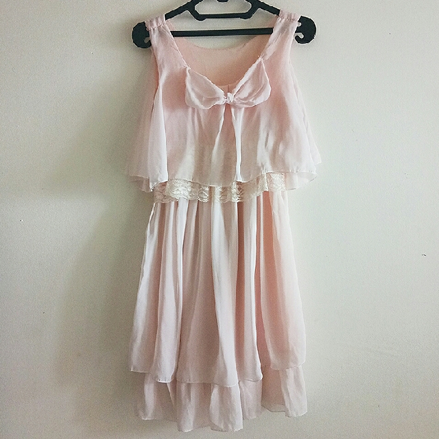 BOW LACE LACEY PITA RENDA PINK DRESS With DEFECT
