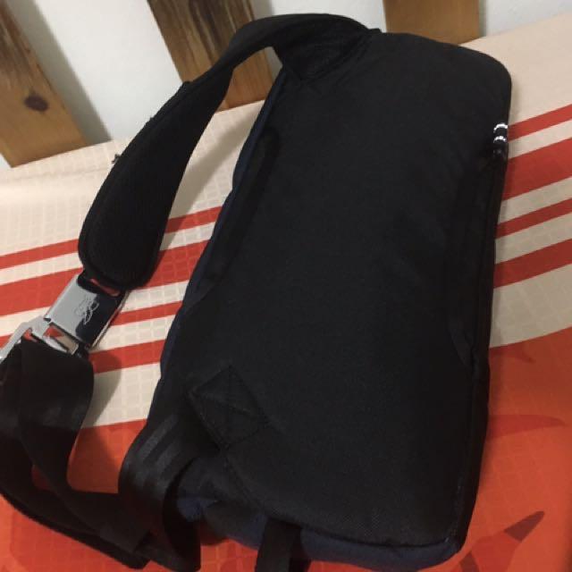 Chrome Kadet Nylon Messenger Bag Men S Fashion Bags Wallets On Carou