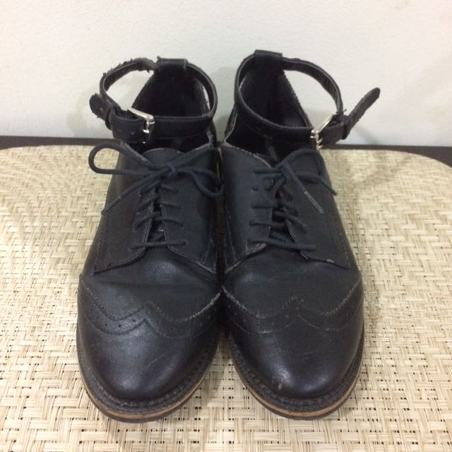 F21 Black Leather Brogues