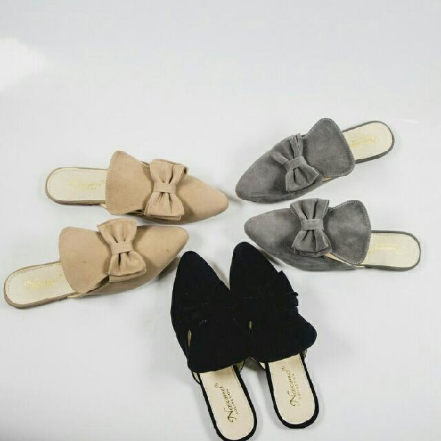 Flat Akira - Sandals