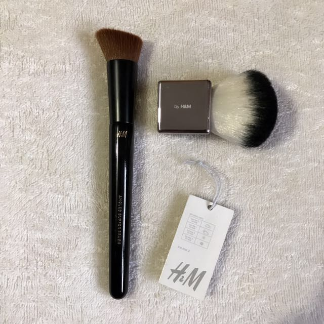 H&M Brush Set *Kabuki and Angled