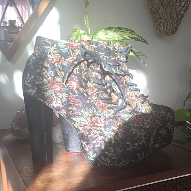 Jeffrey Campbell Lita boots in floral tapestry AU7.5