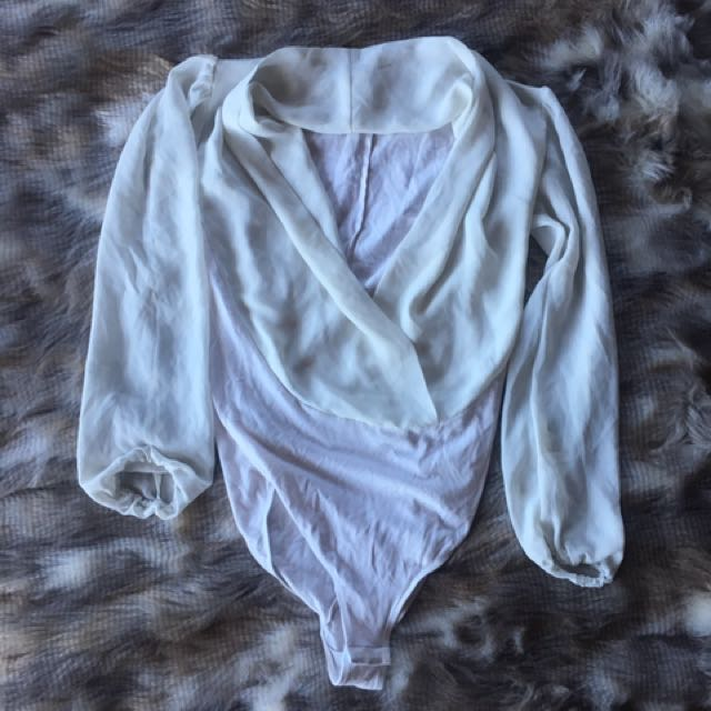 Long sleeve Crossover body suit