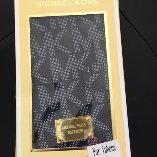 Michael Kors Iphone case/wallet MSRP $108 with tags