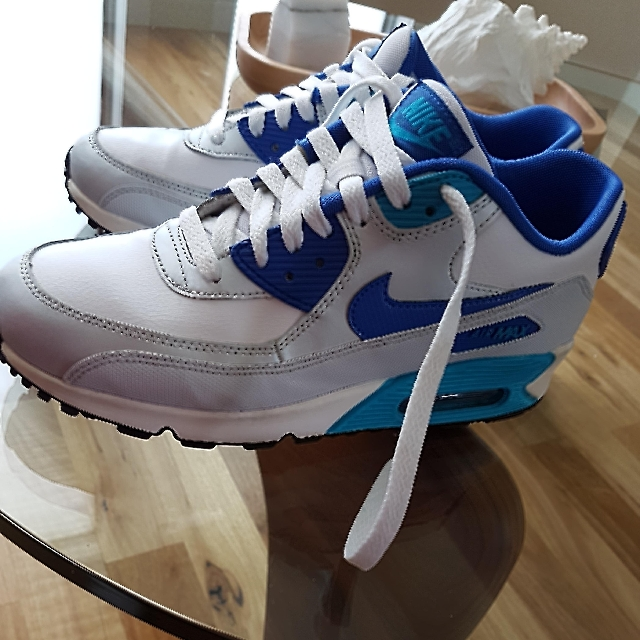 PRICE REDUCTION!!!! Nike Air Max, Size US8, Perfect Condition, Near New