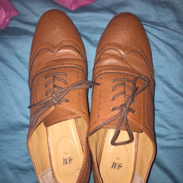 Oxford brogue shoes H & M