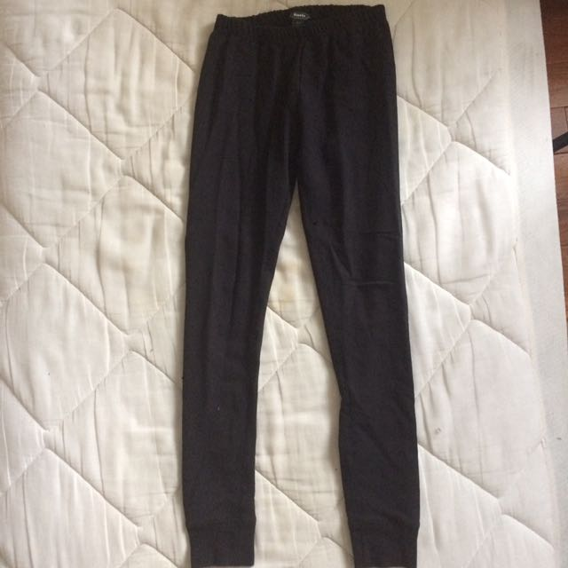 Roots black leggings