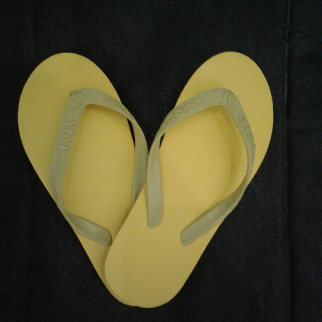 Sandal Jepit Warna Warni