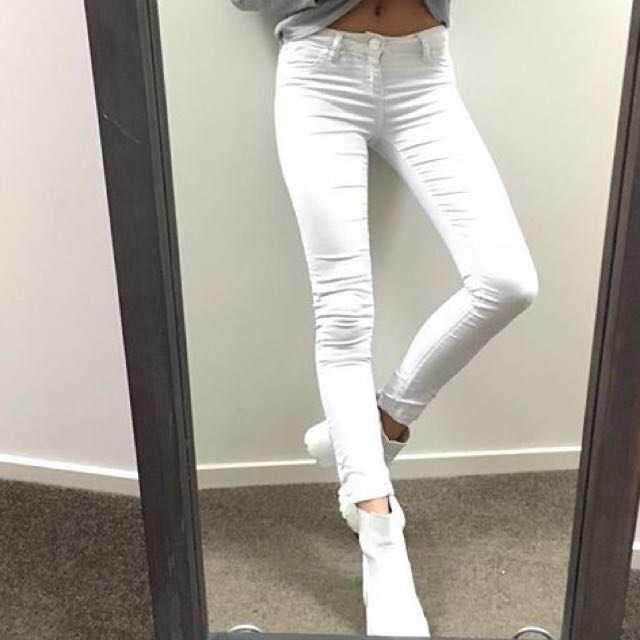 Slightly off White Glassons Jeans