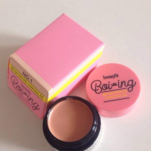 Turun harga! Benefit Boi-Ing Brightening Concealer