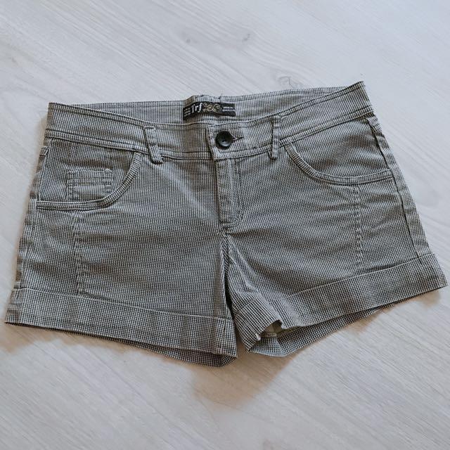 Zara格紋褲