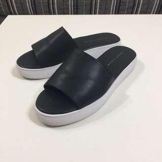 Charles & Keith/小ck 黑色厚底拖鞋