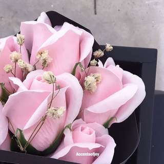 Pink rose roses baby Breath Flower Bouquet
