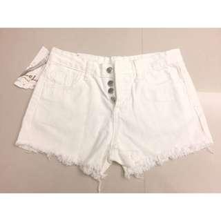 白色牛仔短褲 排釦 毛邊 直筒牛仔短褲 sexy