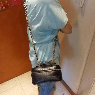 Chanel化妝袋送長鏈