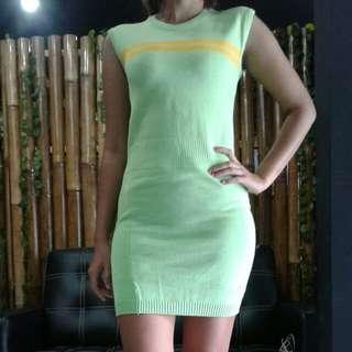 green yellow strip dress