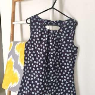 [LIKE NEW] Lilies blouse size M