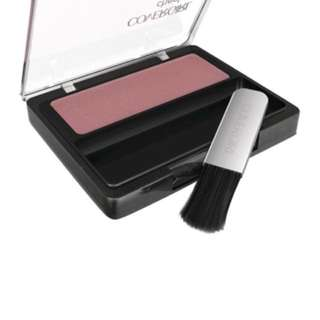 Cover girl blush on ( plum ) and bronzer (2 item)