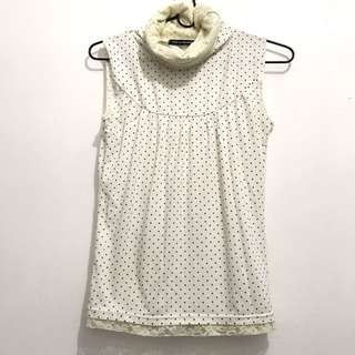 Polka lacey turtle neck