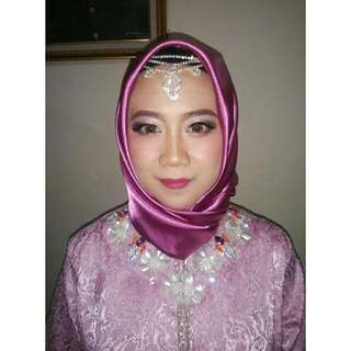 Jasa MAKE UP Wisuda/Party/Enggagement