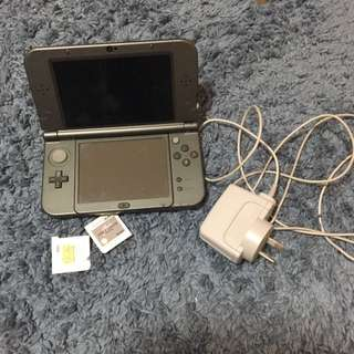 NDS XL with 2 extra games