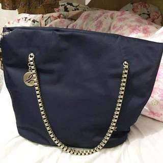 (低至四折)Agnes b shoulder bag/ hand bag 兩用袋
