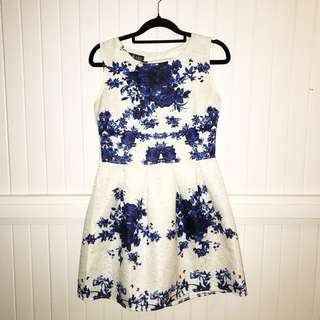 White blue floral mini dress