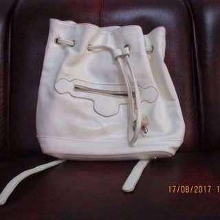 Jual Tas Backpack Warna Putih (ex Zalora)