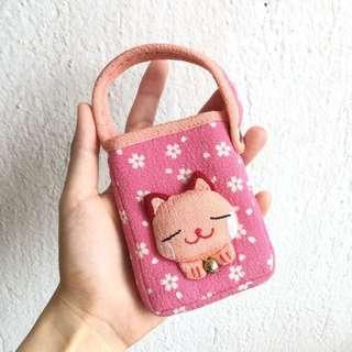 🈹️日本和風貓咪鈴鐺手機雜小物收納袋 包