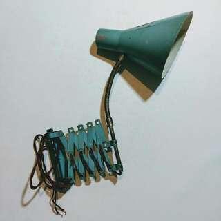 金屬伸縮剪刀壁燈