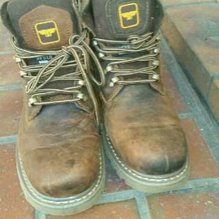 3123eb0c9664 Brand new men brown boots