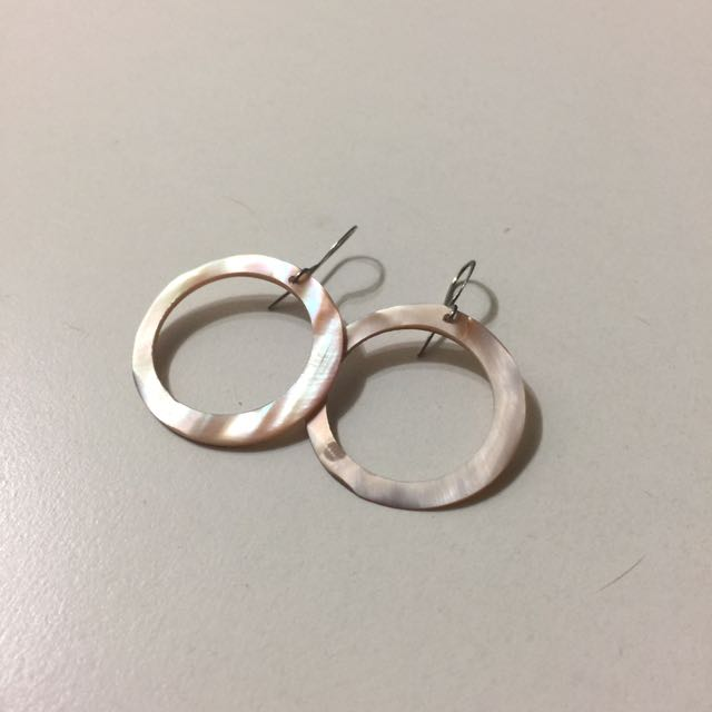 貝殼圈圈耳環