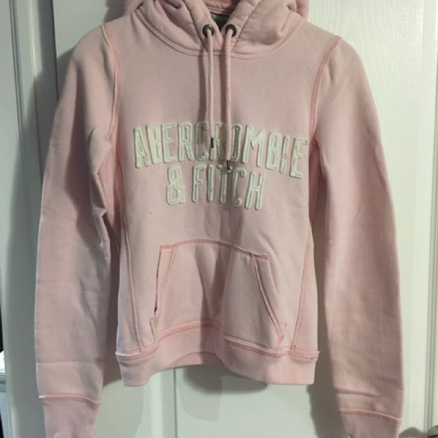 A&F baby pink sweater