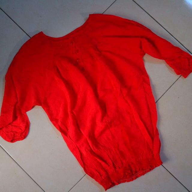 Baju Merah Kerut