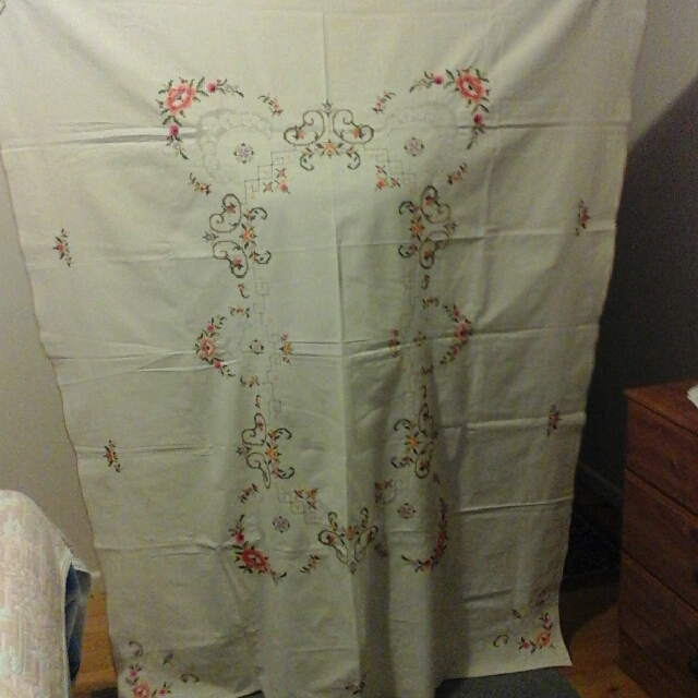 beautiful large table cloth hand embroided