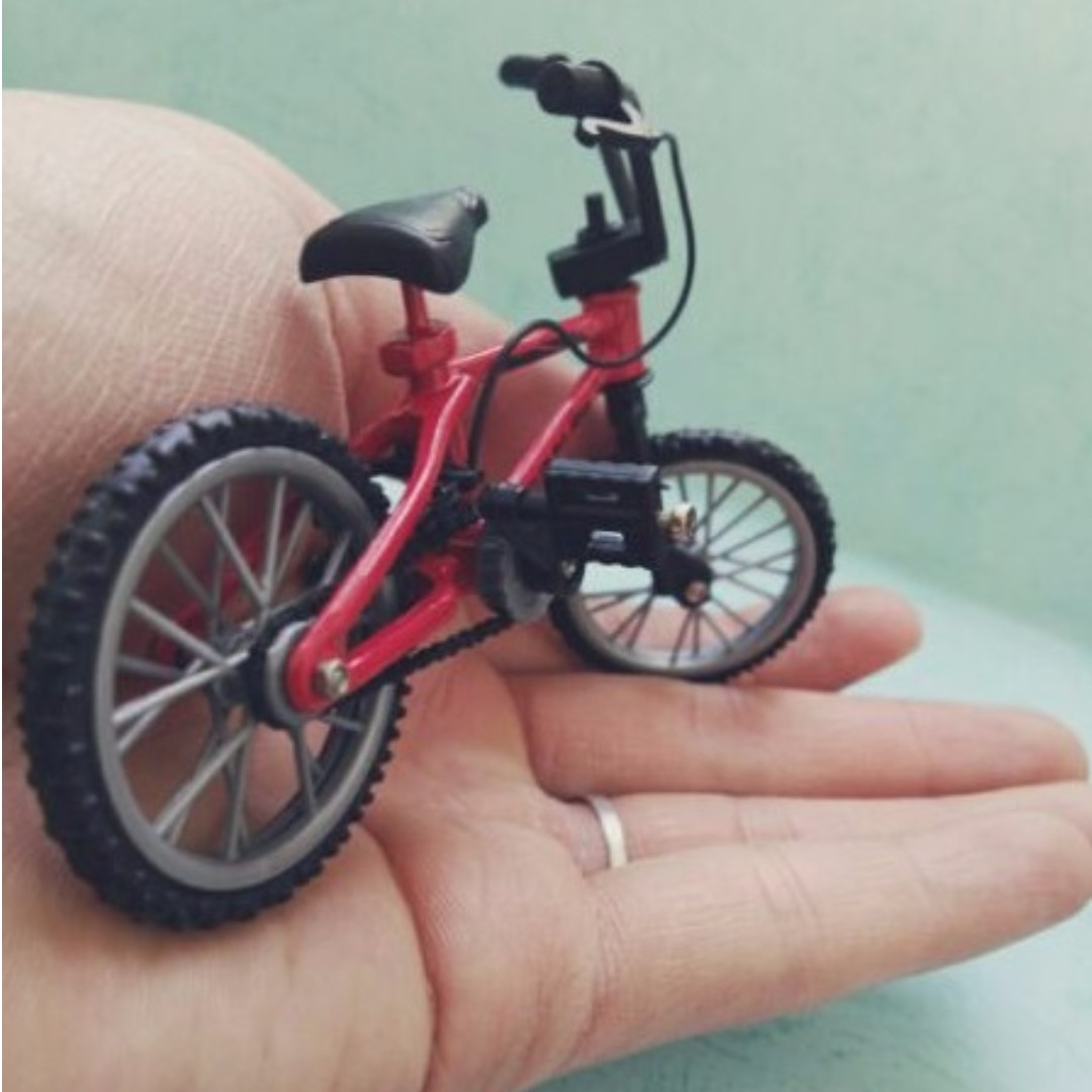 Bicycle 1:10 Accessory RC Rock Crawler for Axial Wraith