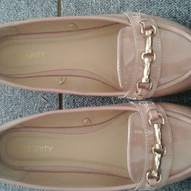 celebrity pink & gold shoes size 8