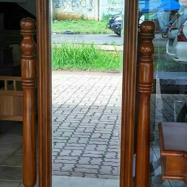 Cermin Goyang Jati
