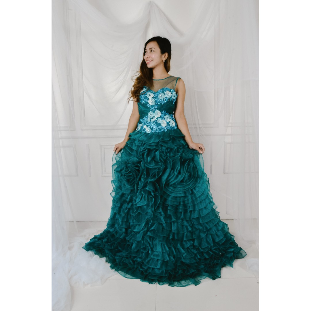Emerald Green Debut Gown, Women\'s Fashion, Clothes on Carousell