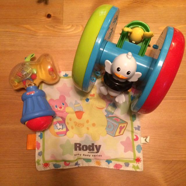 Fisher price 費雪嬰兒手搖鈴+playkool 嬰兒爬行滾輪玩具