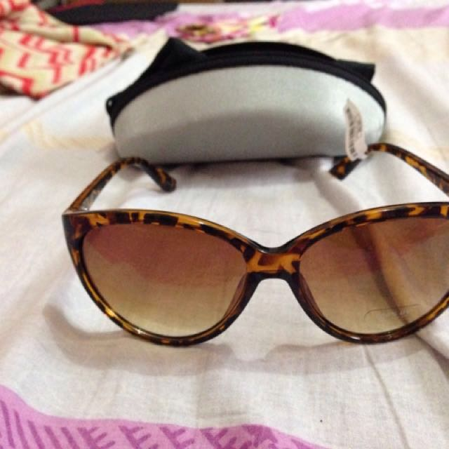 Girls shades from United states