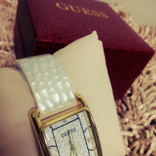 Guess Pearl Watch  Authentic