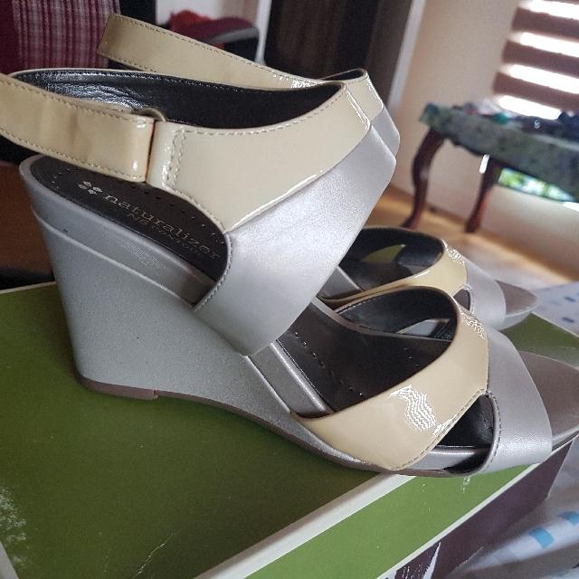 heels naturalizer