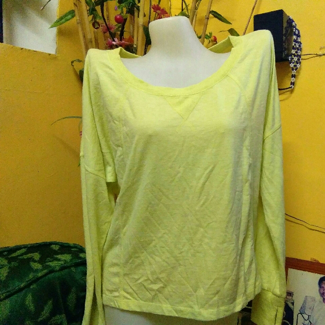H&M Long sleve yellow green