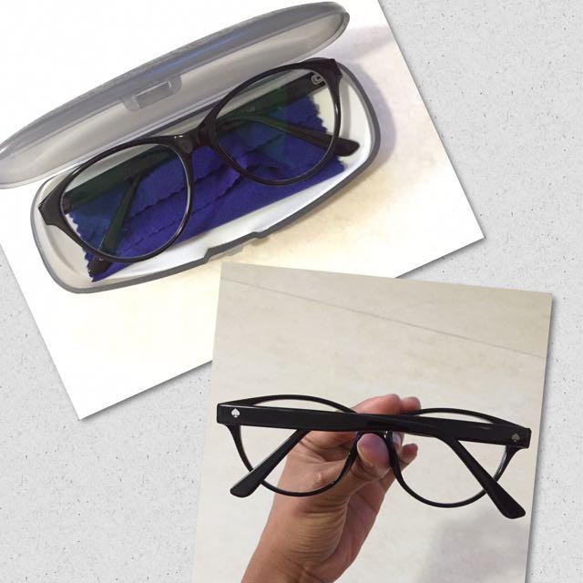 Kacamata minus 0,25 / glasses minus 0,25