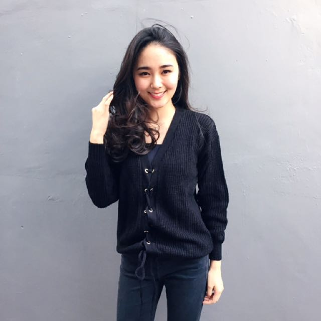 Knitted Top in Black
