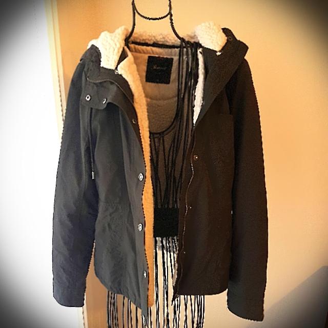 Ladies Jeanswest Khaki Fully Lined Hooded Jacket