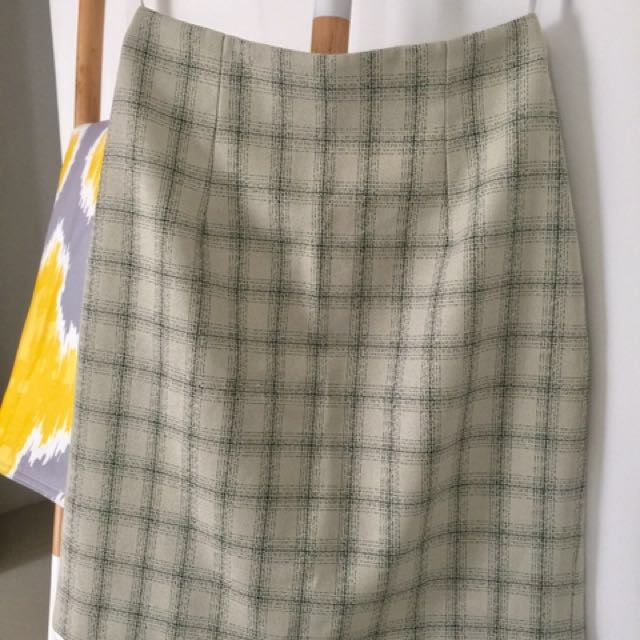 [LIKE NEW] Accent office skirt size M