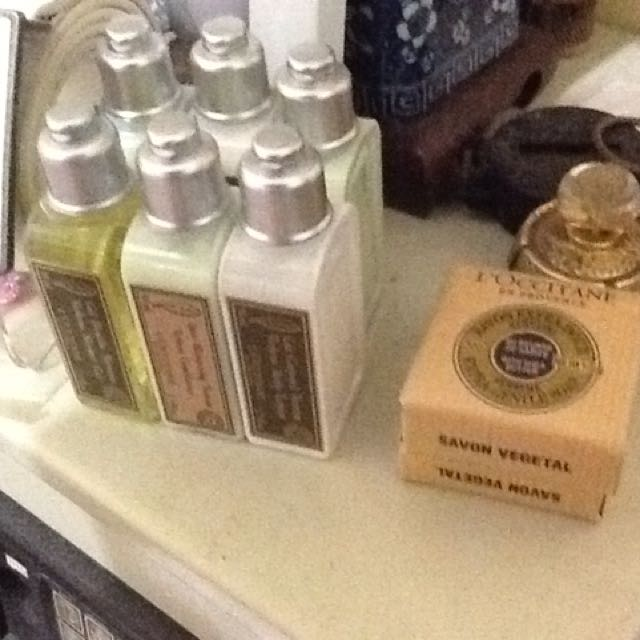 Loccitane sabun shampo handbody