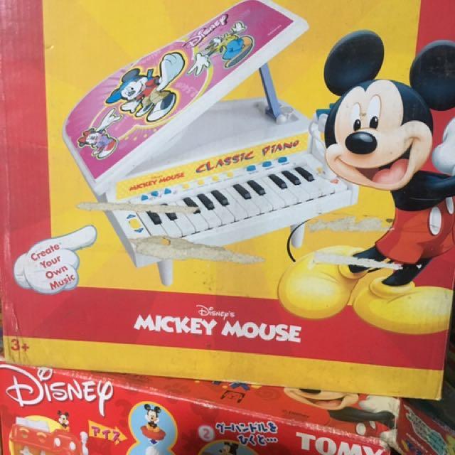 Mickey's Classic Piano
